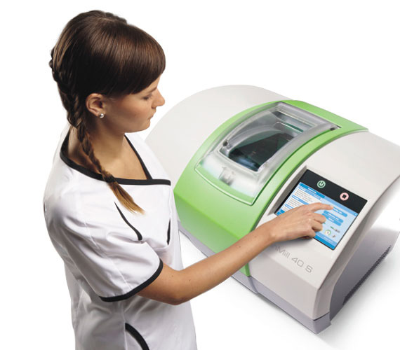 Planmeca PlanScan – Accurate intraoral scanner for chairside